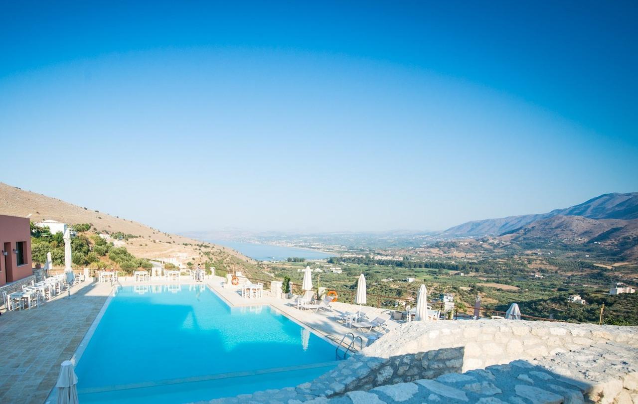 Недвижимость в греции у моря недорого в рублях аренда