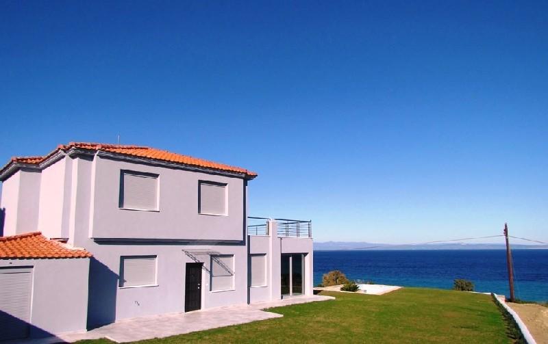 Дом в остров Кассандра недорого