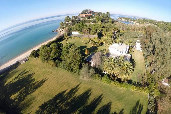 Дешево дом в остров Торони